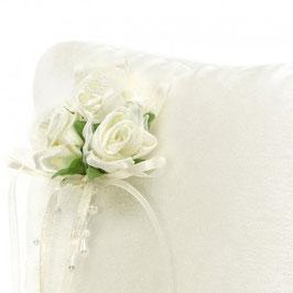 Cojín porta alianzas flores crema Ref:2