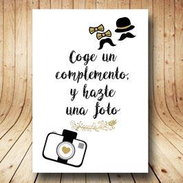 Cartel photocall dorado fb