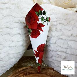 Cono rosas rojas