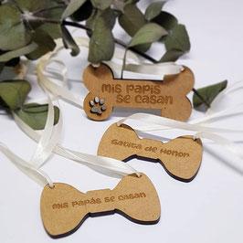 Pajarita o hueso para mascota el día de la boda