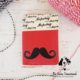 Billetera bigote roja
