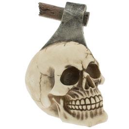 Le crâne hache