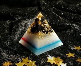 Pyramide klein, Schungit-Goldflocken, ca. 4x4cm