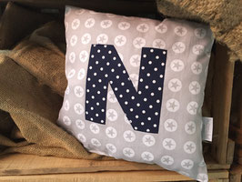 Buchstaben Kissen
