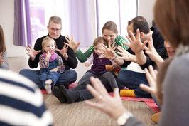 MITTWOCHS-Musikgarten für Babys im Alter von 13-17 Monaten bei Kursbeginn / 11 Kurstermine