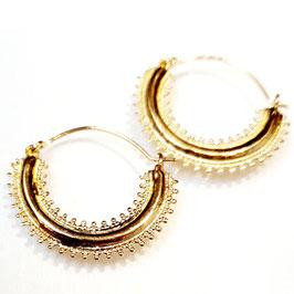 Classic, gold plated zilveren oorbellen.