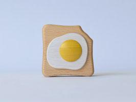 【エッグトーストのラトル】