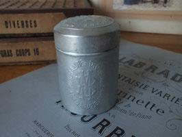 アンティーク エンボスパウダー缶