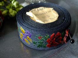 アンティーク刺繍リボン