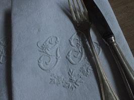 モノグラム刺繍リネン GR