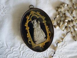 キリストを抱く聖母マリア ルリケール