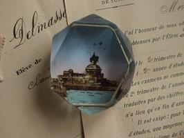アンティーク ガラスのペーパーウエイト