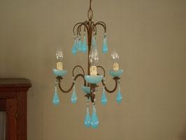 ブルーミルクガラスシャンデリア3灯