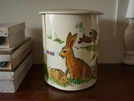 ウサギのTin缶