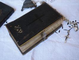 バックル付き聖書(黒)