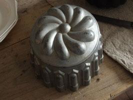 アンティークモールド ケーキ型
