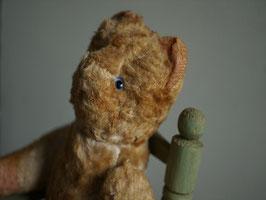 青い目のチビクマ