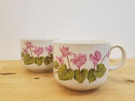 2 tasses fleurs roses