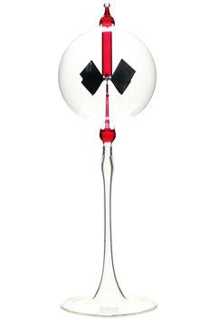Lichtmühle | Radiometer stehend mit roter Einschmelzung