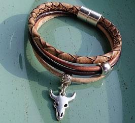 """""""Grit"""" Armband mit 2 verschiedenen gesteppten Leder in eco snake Design, DQ Metallperlen mit Herz Anhänger"""