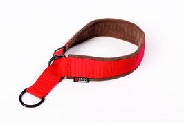 Adjustable nylon collar with soft leather padding