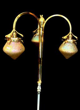 Stehlampe  Lötz Pappilliondekor  c. 1910