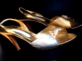 Vintage Renè Caovilla Slingback Heels Gold