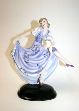 Goldscheider Figur Dakon Tänzerin lila Blumenkleid c. 1920
