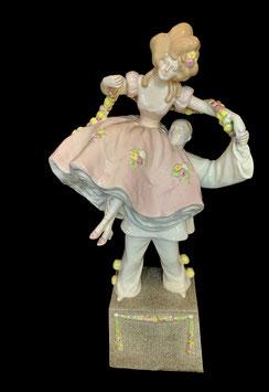 Goldscheider Clown Pierrot mit Rokokodame