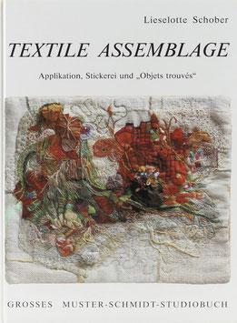 """Schober, Lieselotte - Textile Assemblage - Applikation, Stickerei und """"Objets trouvés"""""""