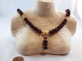 Dingel Dangel mit Granat (Orissa) - Kette mit einer schönen Schnecke (925erSilber vergoldet), Best.-Nr.:DKGSV001