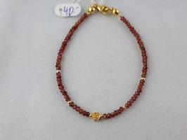 Granat Armband mit einer Blume in Silber (925) vergoldet