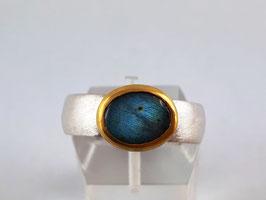 Labradorit Ring in Feingold (999,9) gefasst und Silber 925