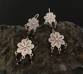 Aretes Flor Filigrana Doble c/Granate