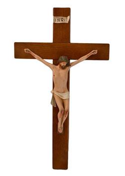 Statua Gesù crocifisso in resina cm. 25 su croce in legno da parete