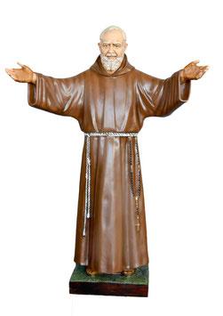 Statua San Padre Pio da Pietrelcina con braccia aperte cm. 180 in vetroresina