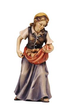 Statua donna con legna in legno