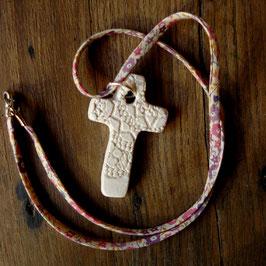 Pendentif Croix cordon Liberty