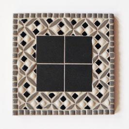 Dessous de plat Jacquard Gris, dimensions 18 cm.
