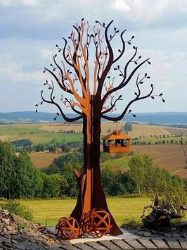 3 Meter großer Baum aus Eisen. Außergewöhnliche Gartendekoration.