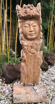 Gewaltiger Buddha aus einem Stück Baum geschnitzt. Großes, schweres Unikat.