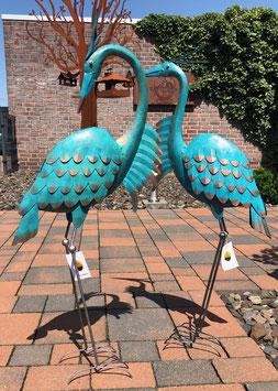 Vogel- Skulpturen aus Metall. Bronze-Kupfer- Design. Garten- Dekoration
