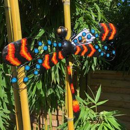 Libelle, schöner Wand und Baumschmuck aus Metall.