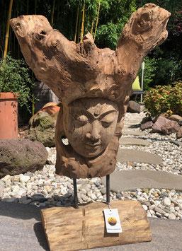 Buddha- Skulptur in einem Baum. Statue aus Holz. Unikat,