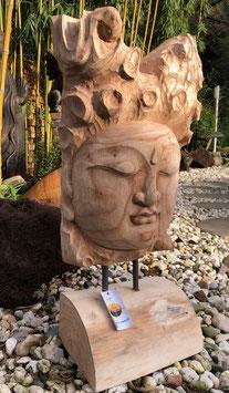 Buddha- Skulptur Statue aus Holz. Hingucker im Wohnbereich und Garten
