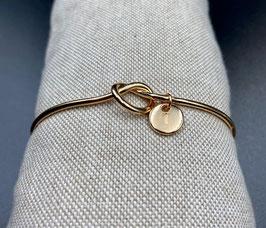 AE-02250 Bijoux cuff armband met knoop en letter T