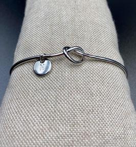 AE-22206 Bijoux cuff armband met knoop en letter N