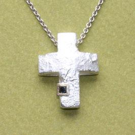 Anhänger Kreuz / schwarzer Diamant