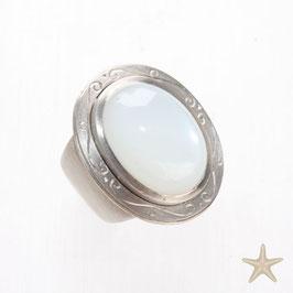 Unikat/ Ring handgefertigt  mit Mondstein Silber/ Weißgold