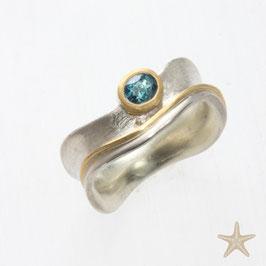 Unikat Ring handgefertigt mit Turmalin , in 925/er Silber und 900/er Gold